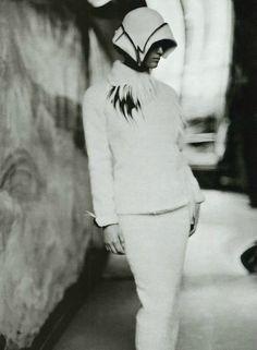 New Look Sign | Vivien Solari | Paolo Roversi #photography | Vogue Italia October 1999