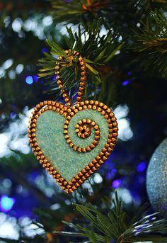 Felt and zipper heart ornament by woolly fabulous, via Flickr