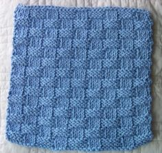 Free kitchen dishcloth pattern - Basket Weave. Laws Of Knitting features a free dishcloth pattern the first Tuesday of each month.