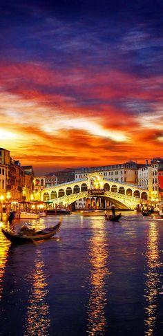 Venedig. Den perfekten Reisebegleiter findet ihr bei uns: https://www.profibag.de/reisegepaeck/
