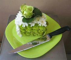 Floral cake slice