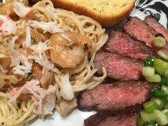 ... flakes, and sesame oil), crab/shrimp/chicken pasta, and garlic toast