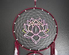 Atrapasueños de flor de loto en capas por Aurvgon en Etsy