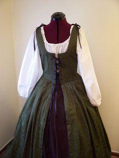 Renaissance costume. Overdress/overgown/irish dress.
