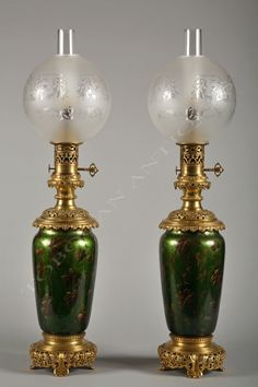 Pair of Napoleon III Lamps - Tobogan Antiques