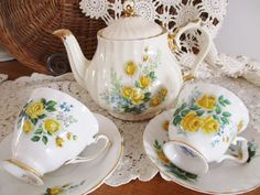 SADLER YELLOW ROSE tea set, includes Sadler teapot and 2 yellow rose teacups and saucers, beautiful vintage set, clean vintage condition by EnglishGardenTeaShop on Etsy https://www.etsy.com/listing/604020291/sadler-yellow-rose-tea-set-includes