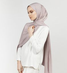 INAYAH | Silver Grey 2-Way Viscose Blend Hijab www.inayah.co