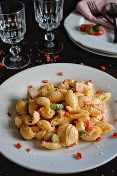 Pasta Salad, Cereal, Breakfast, Ethnic Recipes, Food, Crab Pasta Salad, Morning Coffee, Essen, Meals