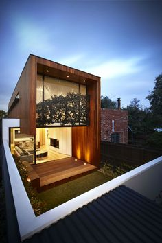 Treetop House Melbourne - Courtesy of Matt Gibson Architecture + Design House Cladding, Timber Cladding, Beach House Plans, Beach House Decor, Style At Home, Beautiful Buildings, Beautiful Homes, Beach House Pictures, Loft