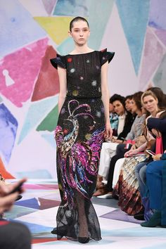 Schiaparelli-Fall-2016-Couture-Collection-Paris-Fashion-Week-Tom-Lorenzo-Site (2)