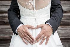 #häät #hääkuvaus #vihkiminen #hääpotretti #weddings #weddingphotography #weddingphotoideas #weddingportrait #weddingportraiture #hääkuvaajakemi #hääkuvaajatornio #hääkuvaajaoulu #hääkuvaajarovaniemi #hääkuvausmerilappi #häävalokuvaaja #valokuvaajakemi #valokuvaajatornio #valokuvaajakeminmaa #valokuvaajaoulu #valokuvaajarovaniemi #dokumentaarinenhääkuvaus Holding Hands