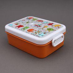 Boite à déjeuner et goûter sans BPA Monstres Tyrrell Katz. Pour le déjeuner ou le goûter à l'école en toute sécurité alimentaire. Garantie sans BPA. Couvercle hermétique. Compartiment amovible. Passe au micro-onde, congélateur et lave-vaisselle. http://www.lilooka.com/dehors/gourdes-et-boites-enfants-sans-bpa/boite-a-dejeuner-et-gouter-sans-bpa-monstres-tyrrell-katz-1.html