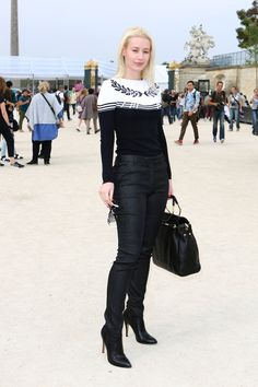 Iggy Azalea in Stars at Paris Fashion Week f97b095c6644a