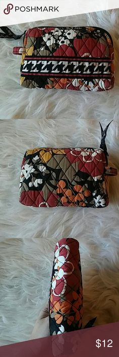 Vera Bradley Cosmetic Bag 7x5. Like new. Quilted. Zipper. Vera Bradley Bags Cosmetic Bags & Cases