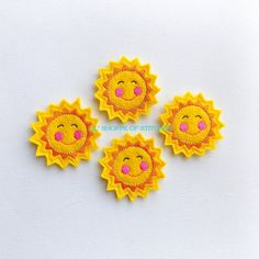 This listing is for 4 machine embroidered felt appliques. They will be perfect for your crafts, embellishing hair accessories and