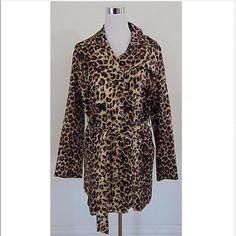 ❤️NWT authentic vertigo size XL leopard coat❤️ Brand new perfect for winter MSRP$360 Vertigo Paris Jackets & Coats Trench Coats