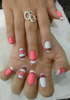 Easy Nail Art Designs for Women 2018 - Our Nail Nail Art Diy, Easy Nail Art, Cool Nail Art, Nail Manicure, Diy Nails, Cute Nails, Basic Nails, Simple Nails, Simple Nail Art Designs
