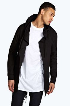 WeÂ'll make sure your outerwear is out-there with coats and jackets for every occasion. From classic quilted coats and supersize puffa jackets to distressed denim jackets and fur trim parkas; weÂ've got your cold weather warmers covered. For lightweight rather than layers; pair a gilet over a printed tee with denim shorts and trainers .