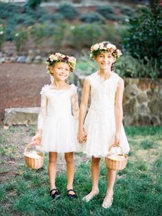 Too-cute flower girl outfits: http://www.stylemepretty.com/little-black-book-blog/2016/01/27/romantic-fall-wedding-among-the-redwoods/ | Photography: Jen Rodriguez - http://www.jen-rodriguez.com/