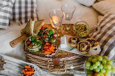 Tipps für ein kuscheliges Indoor-Picknick und Blitz- Rezepte Indoor Picnic, Blitz, Cheese, Table Decorations, Seasons, Holidays, Food, Home Decor, Ideas