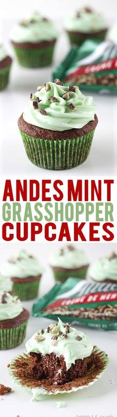 Andes Mint Grasshopper Cupcakes | Creme de la Crumb
