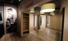 Intersport Schoell (Schwäbisch Gmünd) *Goldstein – scenario GmbH & Co. KG | Innenarchitektur | Retail Design | Goldsteinstudios | Instore Installation | Visual Merchandising | Visual Marketing | Window Design