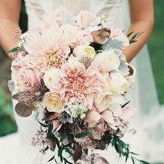 Stunning Wedding Bouquet #weddingflowers #bridalbouquet