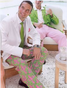 I love menswear, and real men wear pink and green (ahem JJF), such a fun, preppy look that can showcase a fella'. Preppy Men, Preppy Style, My Style, Preppy Fashion, Preppy Girl, Well Dressed Men, My Guy, Spring Fashion, Fashion Sale