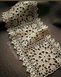 Photo shared by S.Güllüce on September 2019 tagging Crochet Edging Patterns, Granny Square Crochet Pattern, Crochet Blocks, Crochet Diagram, Crochet Squares, Crochet Motif, Crochet Doilies, Crochet Flowers, Crochet Lace