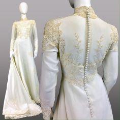 VINTAGE 70s WEDDING DRESS w LONG TRAIN & VEIL FULL DESCRIPTION COMING SOON Vintage Dresses Wedding