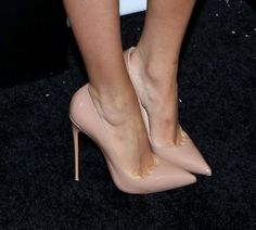 Blake Lively attended the New York premiere of a new animated film, 'Turbo', in support of her husband, Ryan Reynolds, who lent his voice to the film's Hot High Heels, Sexy Heels, High Heel Pumps, Pumps Heels, Stiletto Heels, Classy Heels, Beautiful High Heels, Christian Louboutin So Kate, Nude Pumps