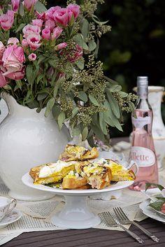 Best EVER healthy cauliflower cream sauce recipe and croque madame sandwiche recipe from Shabby Fufu.