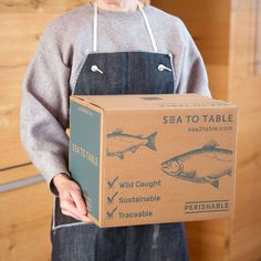 Salad Packaging, Food Packaging Design, Box Packaging, Seafood Recipes, Gourmet Recipes, Order Seafood Online, Seafood Delivery, Carton Design, Fish Varieties