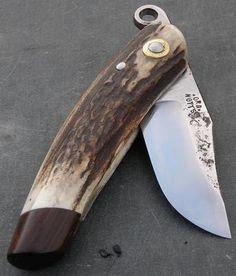 Risultati immagini per friction folder knife Knife Holster, Dagger Knife, Edc Knife, Pocket Knife Brands, Best Pocket Knife, Cool Knives, Knives And Swords, Friction Folder, Wood Knife