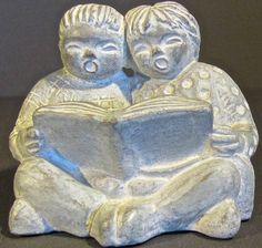 "ISABEL BLOOM 1994 ARTIST SIGNED ""CHILDREN READING"" SCULPTURE RETIRED"