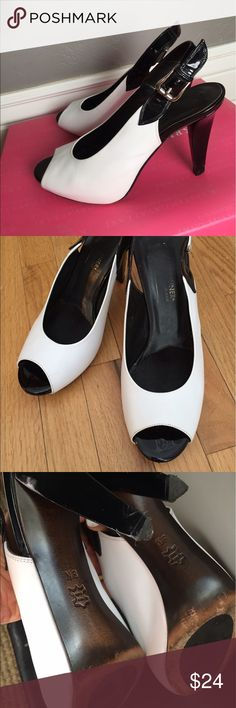 Donald J Pliner black & white heels Donald J. Pliner black & white open toe heels. Made in Italy, Label size 8N, however run small and narrow ( I wear size 7 and they were a perfect fit). Very comfortable. Worn a handful of times. Good condition. Original retail  price $248. Donald J. Pliner Shoes Heels