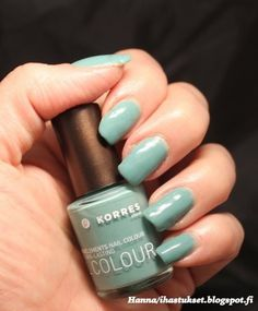 Korres 7-free nailpolish swatch: Pale Green Nail Colors, My Nails, Swatch, Nail Polish, Green, Beauty, Beleza, Nail Polishes, Manicure