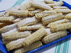 Jacque Pepin, Romanian Food, Dessert Recipes, Desserts, Winter Food, Cake Cookies, Soul Food, Biscotti, Feta