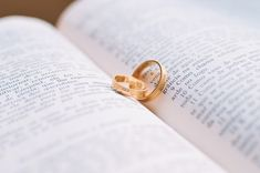 Renewing Your Vows 101. #weddings #vowrenewal #tips #advice http://buff.ly/23ejCy7