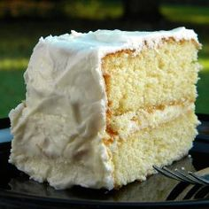 The Best .... One-Bowl Yellow Cake ! An Old-Fashioned recipe published 100 years ago.