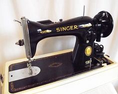 Vintage Singer Sewing Machine 15-91 c. 1955 -Fifteen Ninety One - Modern Case - Comparable to Featherweight