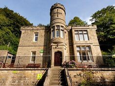 Eyam YHA Eyam United Kingdom, Europe YHA Eyam is perfectly located for both business and leisure guests in Eyam. Offering a variety of facilities and services, the hotel provides all you need for a good night's sleep. To be found at the hotel are Wi-Fi in public areas, car park, family room, restaurant. Comfortable guestrooms ensure a good night's sleep with some rooms featuring facilities such as mirror, carpeting, heating, shower, shared bathroom. Take a break from a long da...