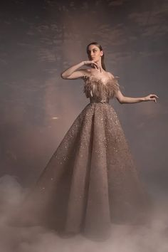 Fashion Show Collection, Couture Collection, Look Fashion, Fashion Beauty, Fashion Design, Couture Fashion, Runway Fashion, Green Gown, Spring Couture