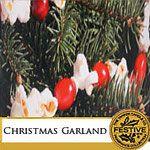 Die 2 neuen Düfte des Monats November erwecken die festliche Jahreszeit ENDLICH zum Leben. +++ Christmas Garland +++ überzeugt mit dem Aroma frisch geschnittener Kiefernzweige und fruchtigen Preiselbeeren. +++ Cranberry Ice +++ Erfrischend herb und süß! Das kühle, anregende Aroma frostig roter Früchte mit einer würzigen Süße. Bei diesen beiden Düften ist bestimmt für jeden Geschmack etwas dabei!