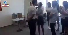 """O que você faria? Um chefe força as funcionárias a beijá-lo na boca, """"para melhorar o ambiente da equipe"""", em uma empresa de Pequim. Confira o vídeo."""