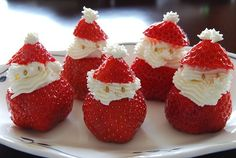 Strawberry Santa Claus snacks appetizers - SO CUTE for Christmas