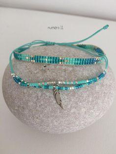 Ensemble de deux Bracelets. Différents coloris: des couleurs estivales et dautres aux couleurs plus sobres ... 1)Trois liens en perles miyuki enfilées sur cordon nylon, se ferme avec un cordon en nylon tresse en macramé ajustable et réglable en fonction de la taille de votre