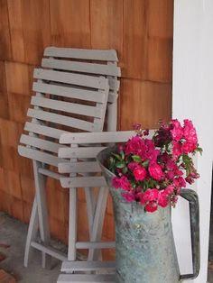 parizankounavikend: Bistro stoličky natreté farbou  Annie Sloan