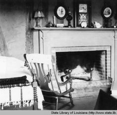 Interior view of the guest cabin at Melrose Plantation in Natchitoches Louisiana in the 1930s :: State Library of Louisiana Historic Photograph Collection