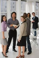 Tips for Successfully Networking Your Way Around a Room: How to Work A Crowd